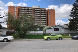 1709 34 Street SE, Calgary