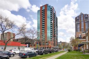 836 15 Avenue SW, Calgary