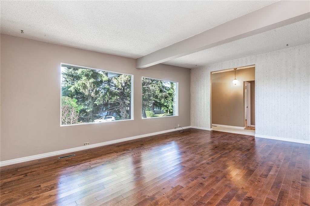 4428 Dalhart RD NW, Calgary