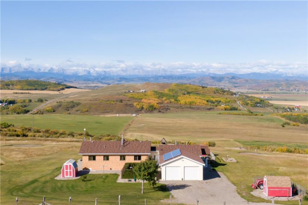 418138 96 ST W, Rural Foothills County