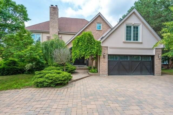 126 Cambridge Cres, Richmond Hill