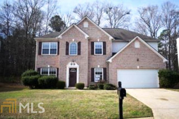421 Concord Cir, McDonough