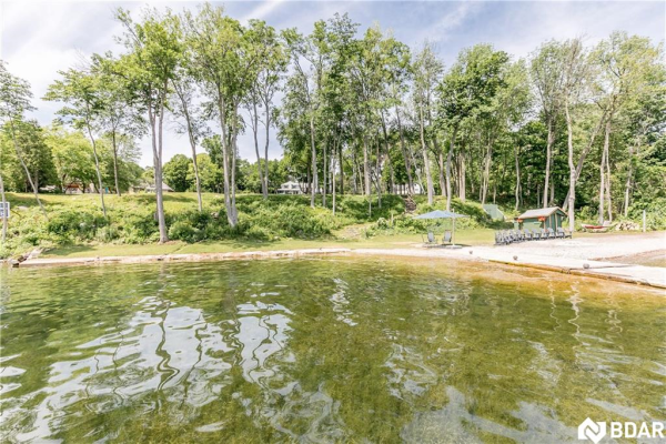 2 BLACK FOREST Lane, Oro-Medonte