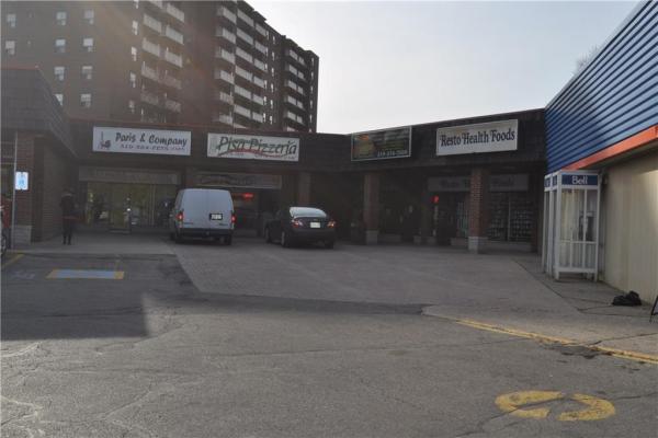 1144 Courtland Avenue E, Kitchener