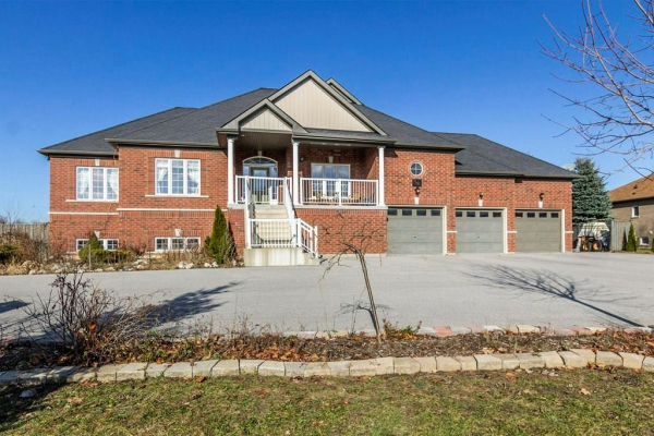 38 MAPLE Drive, Wasaga Beach