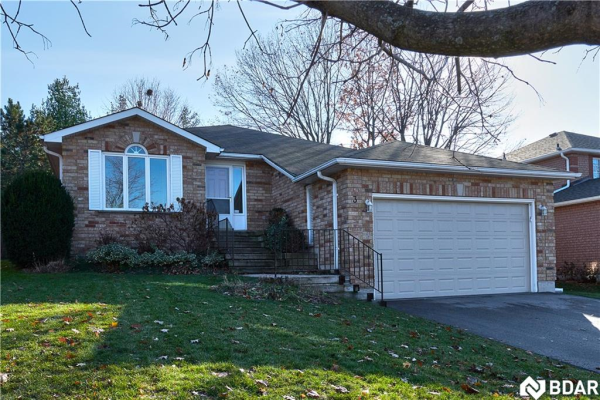 3 DOVE Crescent, Barrie