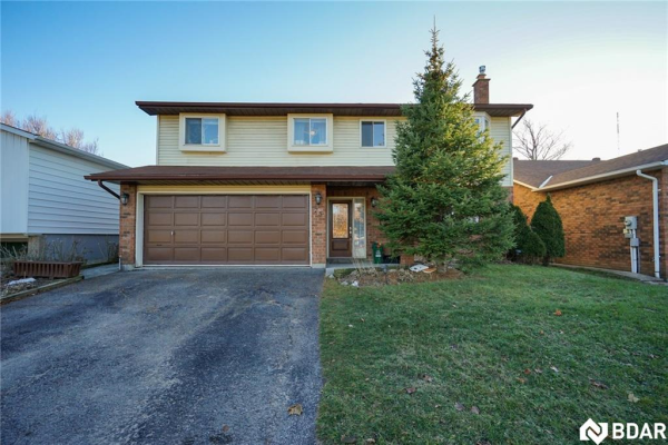 75 CHIEFTAIN Crescent, Barrie