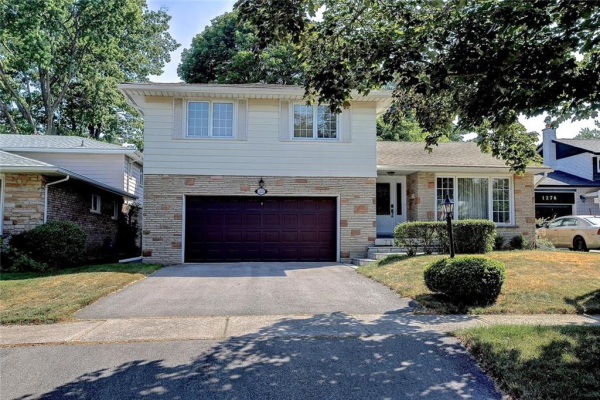 1272 Broadmoor Avenue, Mississauga