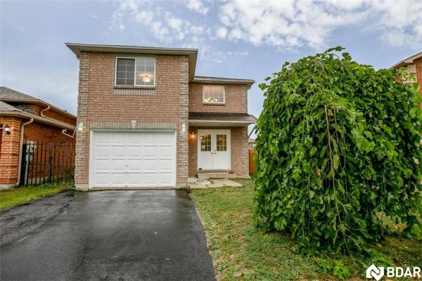 22 DOWNING Crescent, Barrie