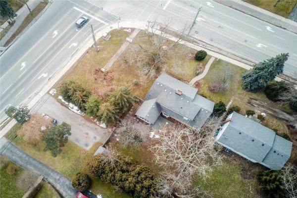313 Bronte Road, Oakville