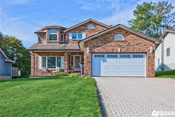 8 Virginia Heights, Parry Sound