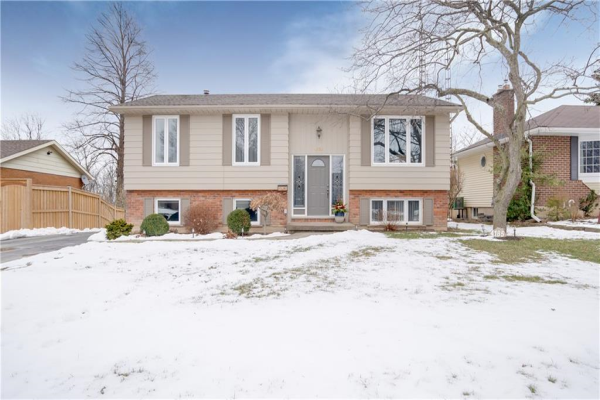 4185 EASTDALE Drive, Lincoln