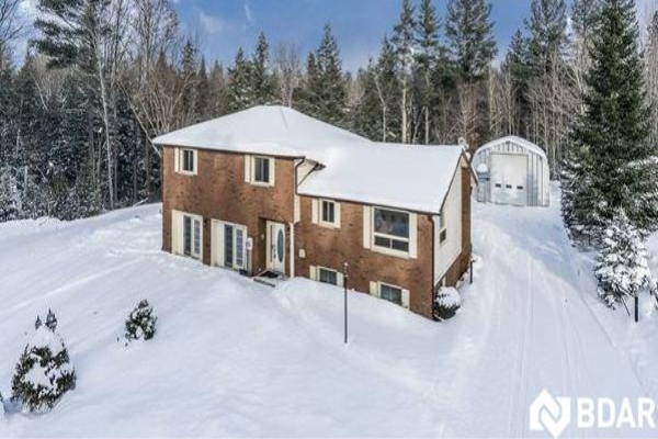 1819 OLD SECOND Road S, Springwater
