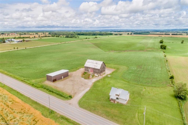 11019 10 COUNTY Road, Clearview