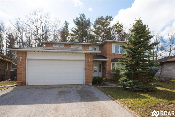 227 BROWNING Trail, Barrie