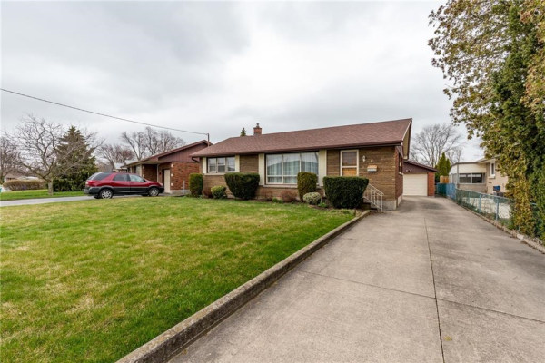 3 GREENHILL Drive, Thorold