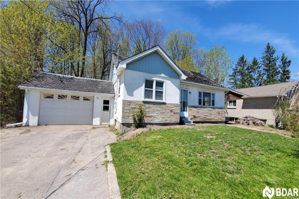 52 Cundles Road E, Barrie