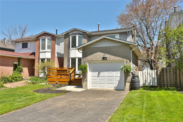 13 BAYVIEW Drive, Grimsby