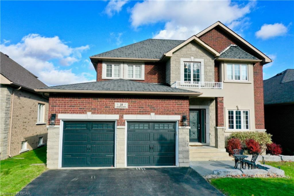 18 STAPLETON Place, Barrie