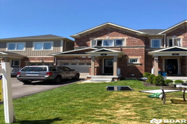 13 Franks Way, Barrie