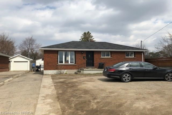 144 KING GEORGE Road, Brantford