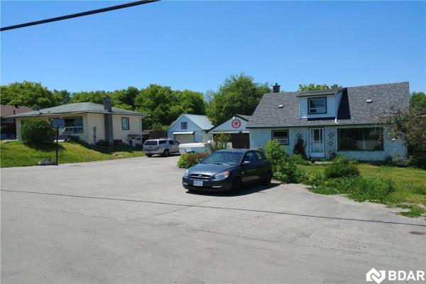 414B Penetanguishene Road, Springwater