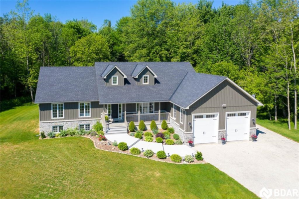 1328 STRONGVILLE Road, Clearview
