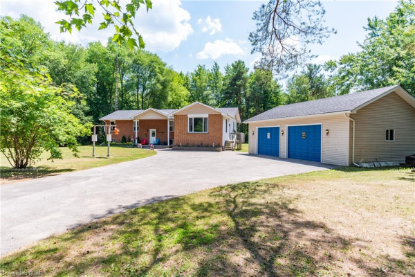 5785 CONCESSION 2 Sunnidale Road, Clearview