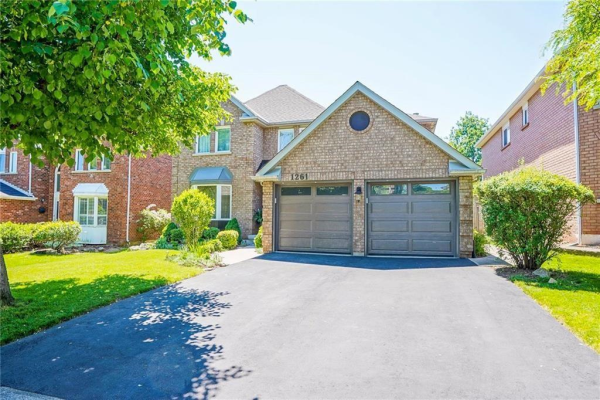 1261 SADDLER Circle, Oakville