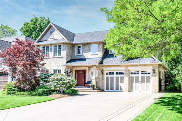 468 Bellwood Avenue, Oakville