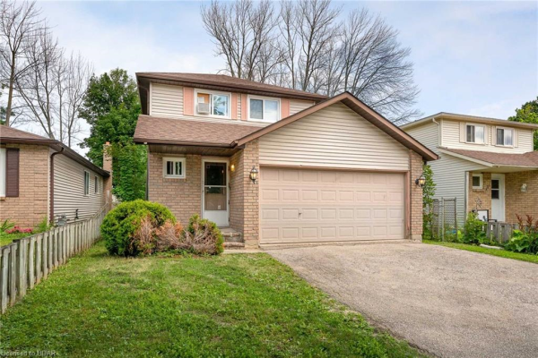 169 HICKLING Trail, Barrie
