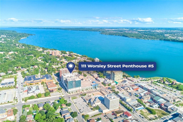 111 WORSLEY Street, Barrie