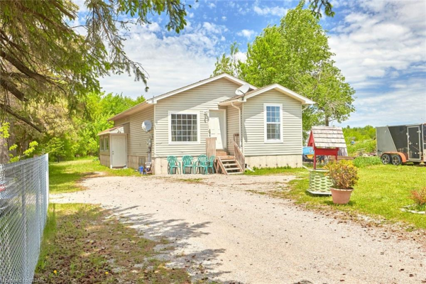 722 90 COUNTY Road, Springwater