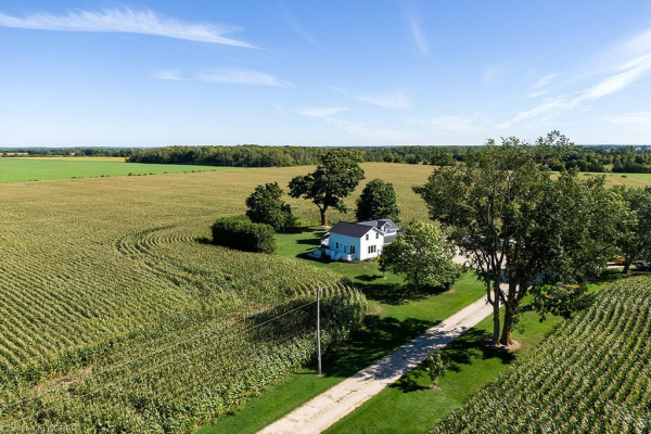 1323 3/4 SUNNIDALE Sideroad, Clearview