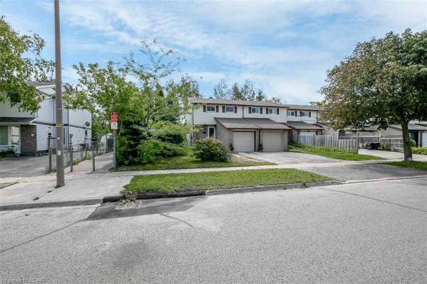 312 BROWNING Trail, Barrie