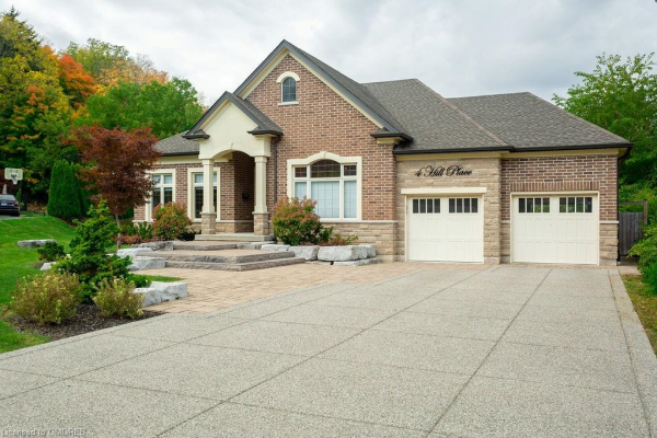 4 HILL Place, Stoney Creek