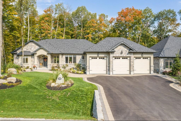 20 TIMBER WOLF Trail, Springwater