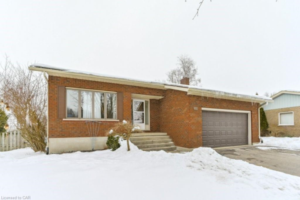 315 SILVERBIRCH Avenue, Mount Forest