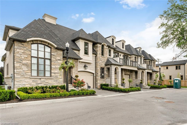 7 ARBOUR VALE Common, St. Catharines
