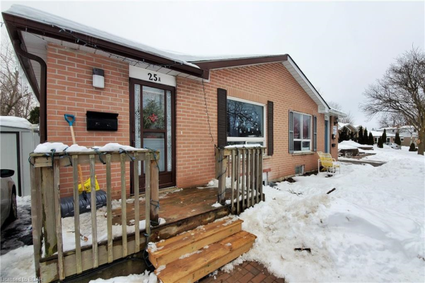 25A COLLEGE Crescent, Barrie