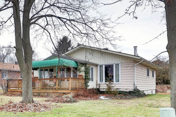 53 LAKEVIEW Avenue, Port Dover