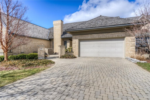 260 DEER RIDGE Drive, Kitchener