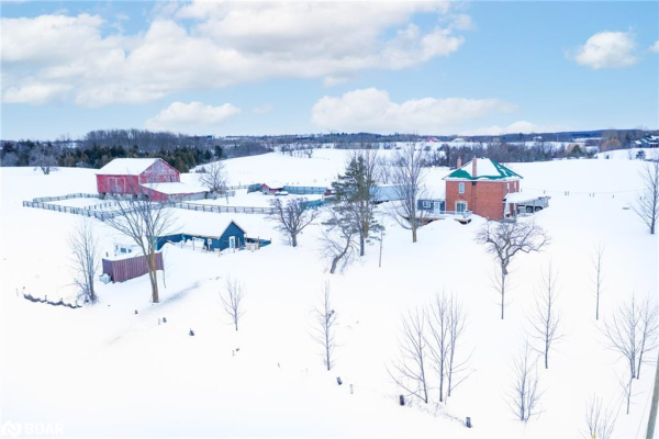 8837 COUNTY 91 Road, Stayner