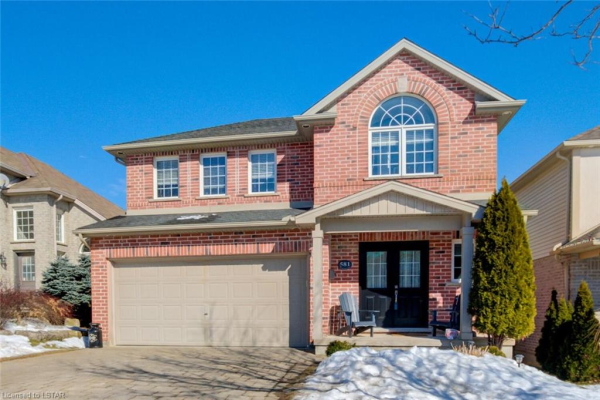 581 CLEARWATER Crescent, London