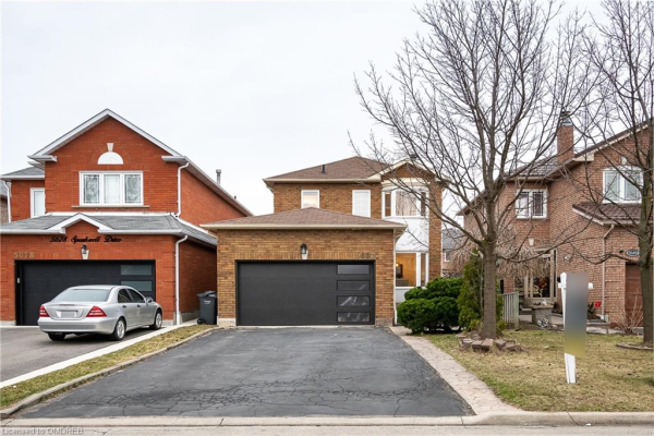 5682 SPARKWELL Drive, Mississauga