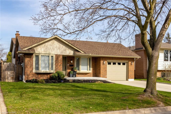 9 PORT MASTER Drive, St. Catharines