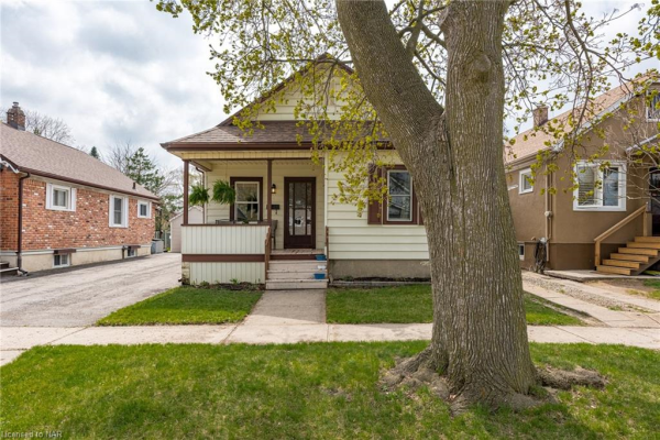 4 TRAPNELL Street, St. Catharines