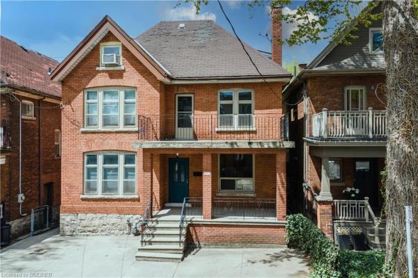 16 STRATHCONA Avenue S, Hamilton