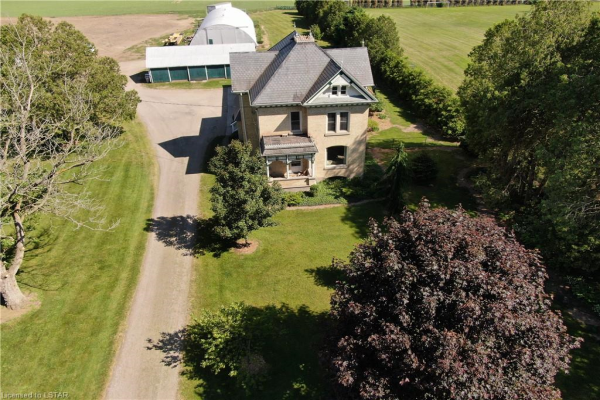 8059 SCOTCHMERE Drive, Strathroy