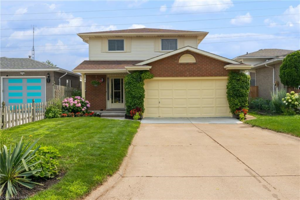 32 ANDREA Drive, St. Catharines